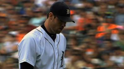 Nationals land Fister from Tigers for three players