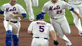 Wright hits a walk off single