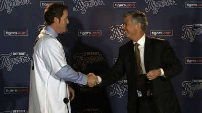Nathan seeks elusive World Series with Tigers