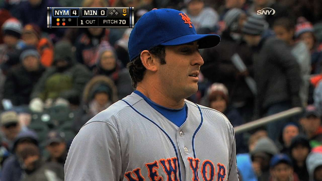 Harvey recovers while Mets prepare for season