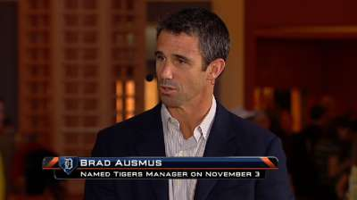 Former Astro Ausmus credits Dierker for new job