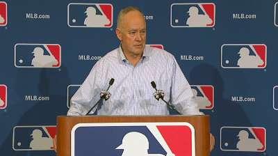 Astros' Castro favors eliminating plate collisions
