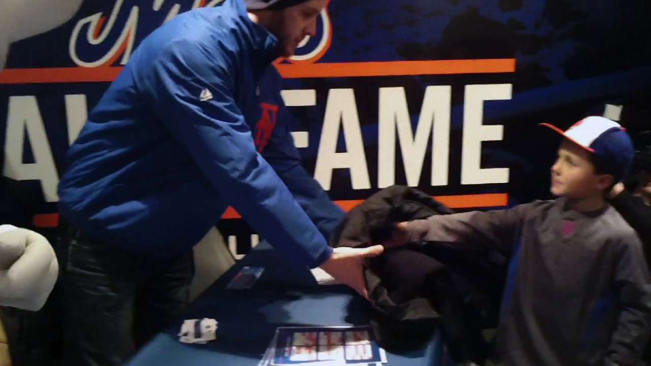 Mets to run holiday coat drive with New York Cares