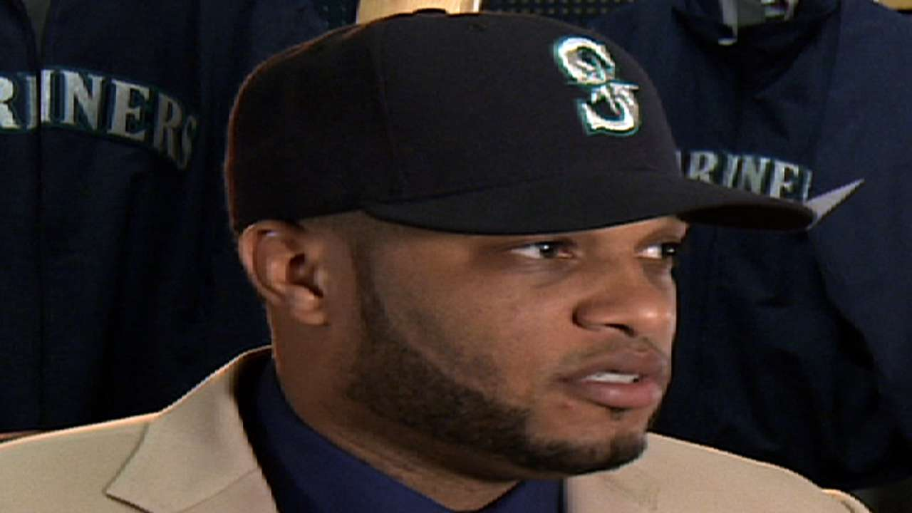 Cano, Walker headline lineup for Mariners FanFest