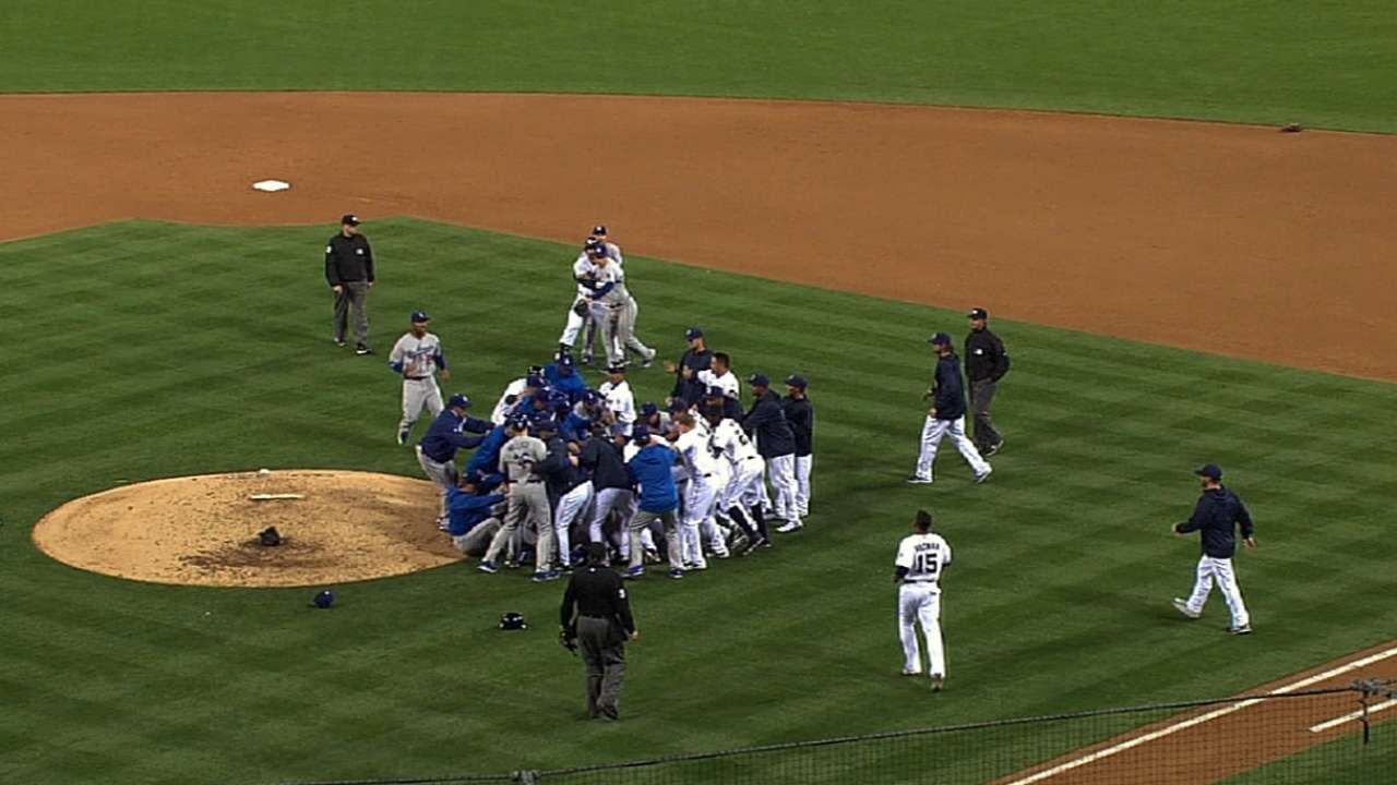 Old tensions rise as Greinke, Quentin set off melee
