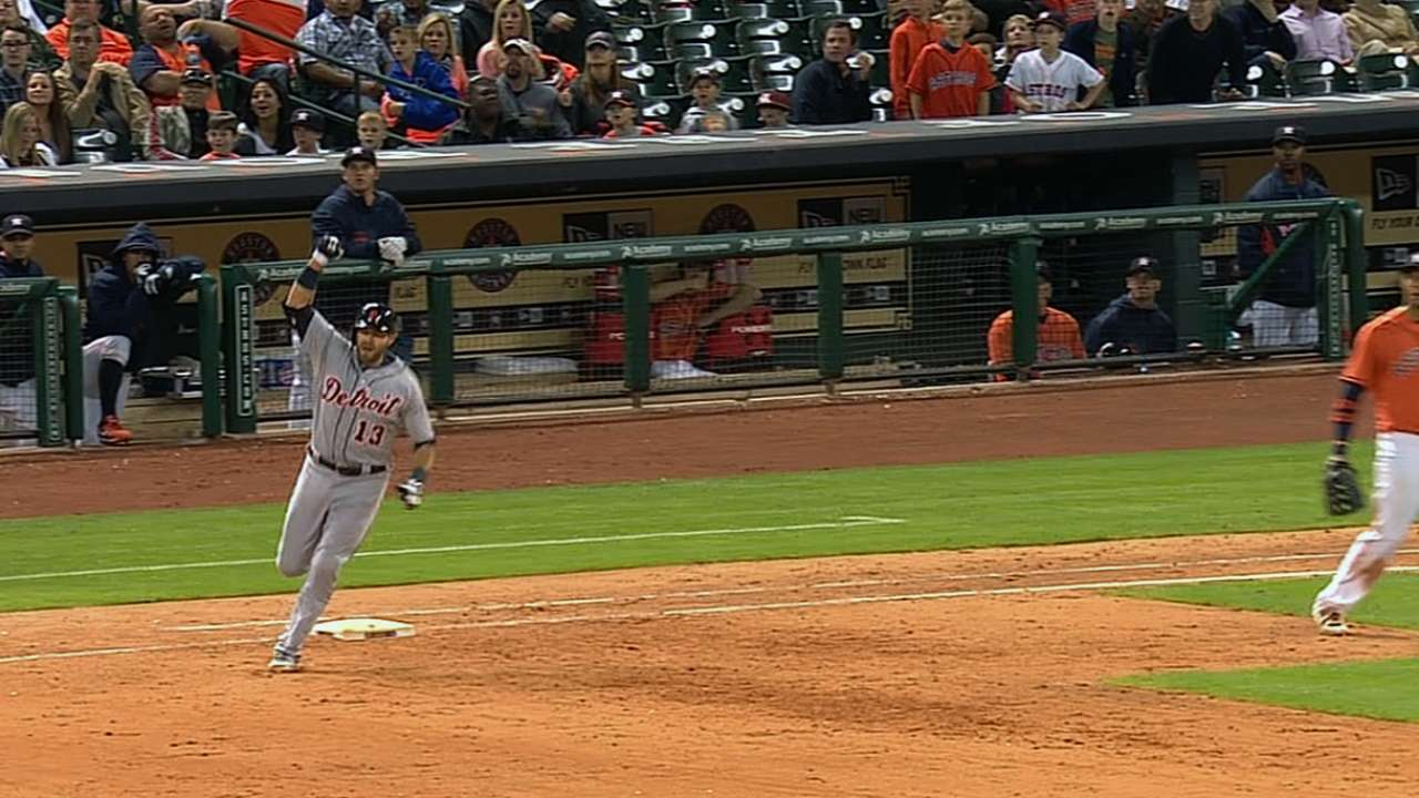 Avila's homer in ninth lifts Tigers over Astros