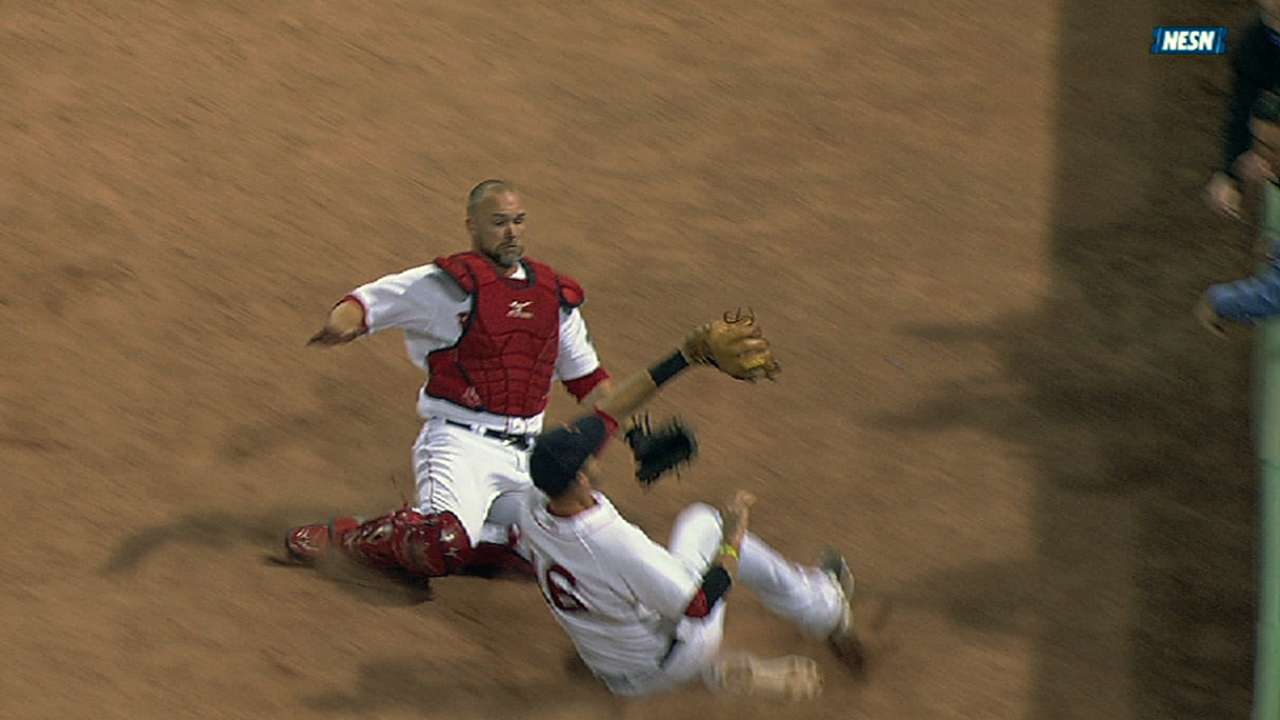 Middlebrooks, Ross out of lineup following collision