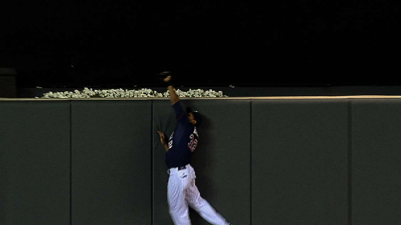 Hicks, Arcia rest due to minor injuries