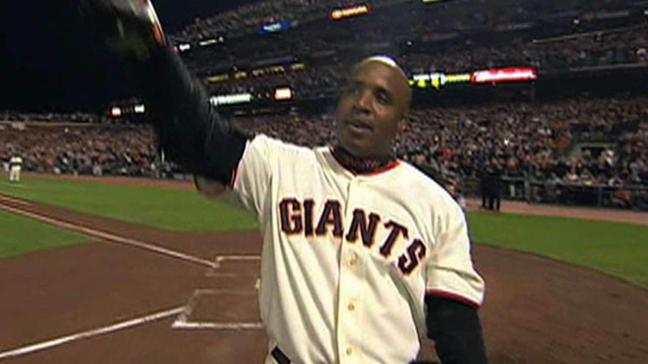Bonds' support slips a bit in Hall of Fame voting