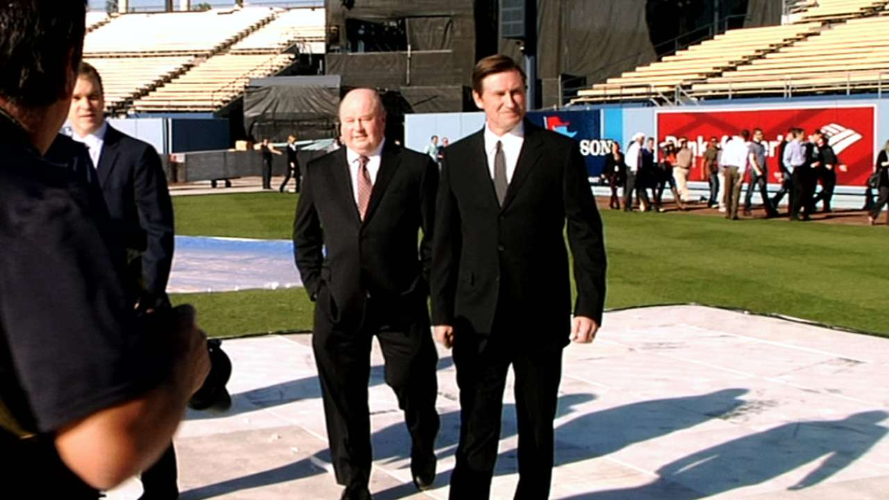 NHL set to add to Dodger Stadium lore