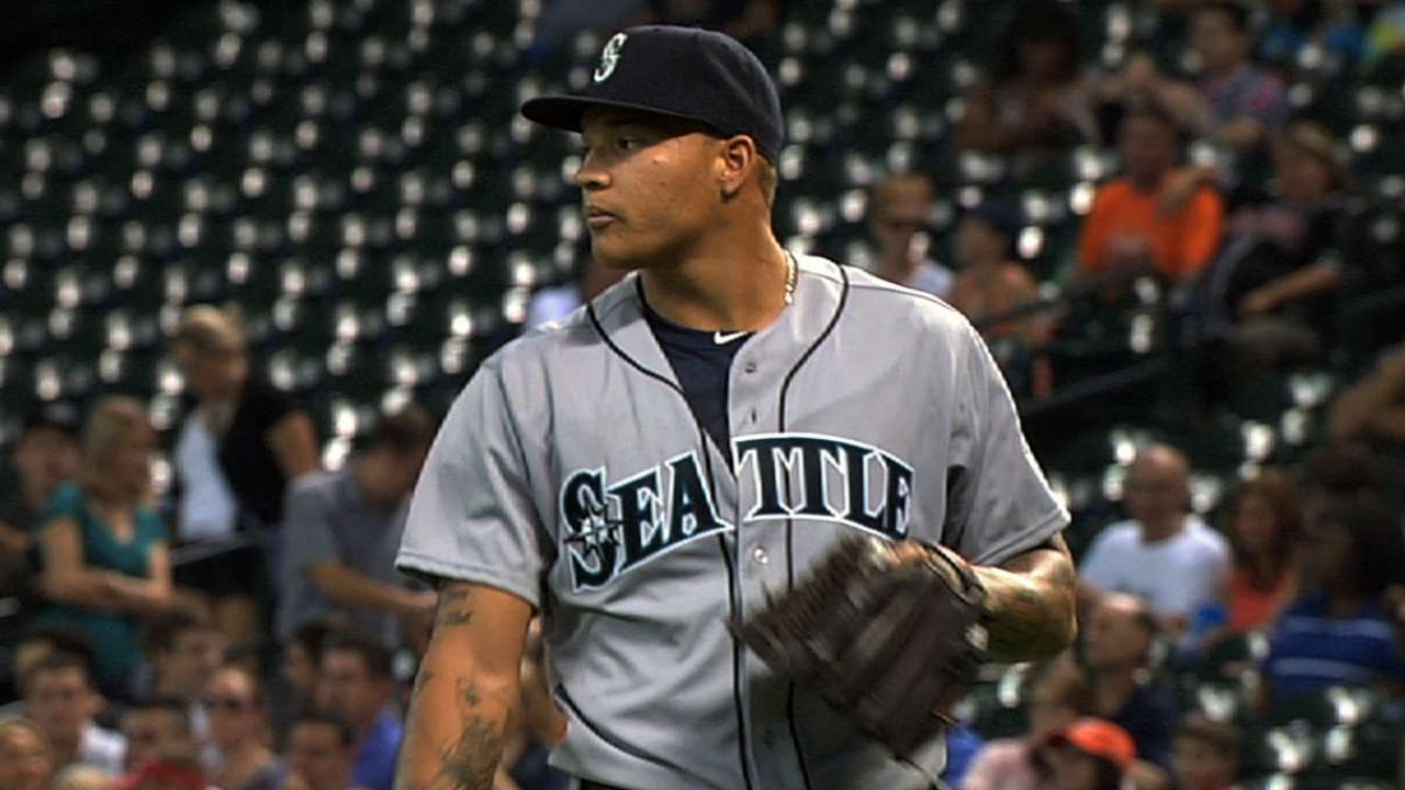 Walker's shaky rehab outing gives Mariners pause