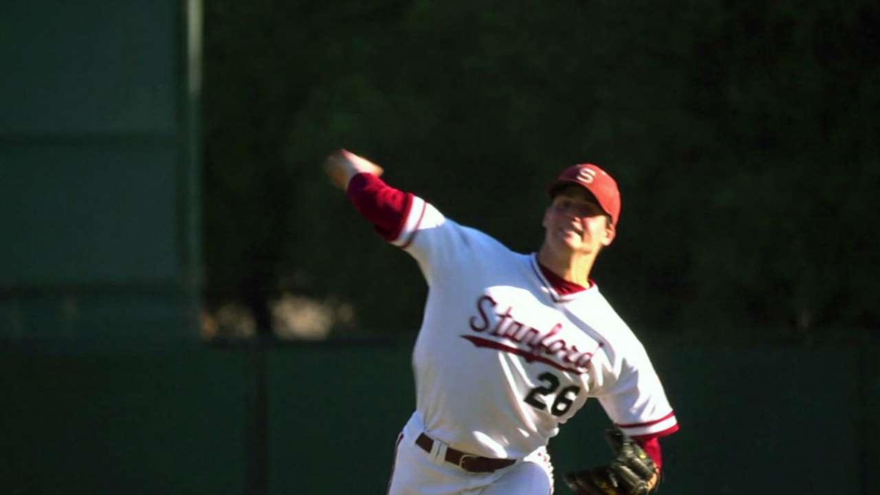 Astros draft RHP Appel No. 1