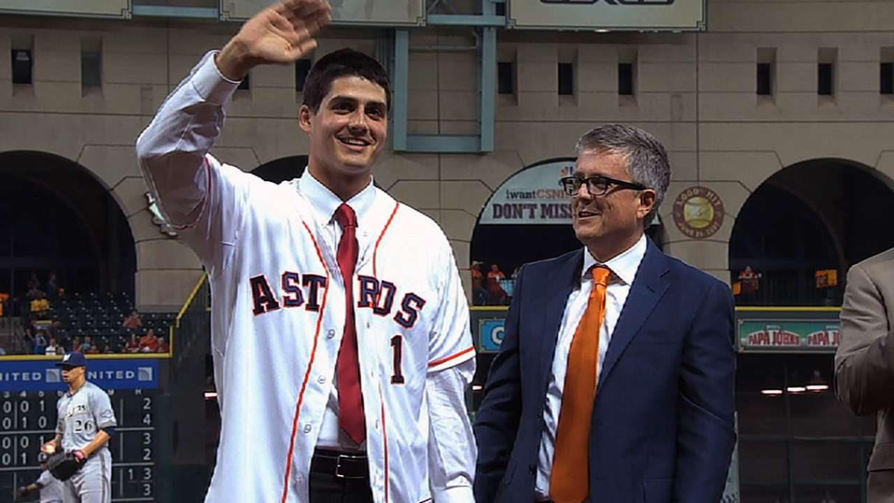 Astros, Appel taking smart approach after surgery