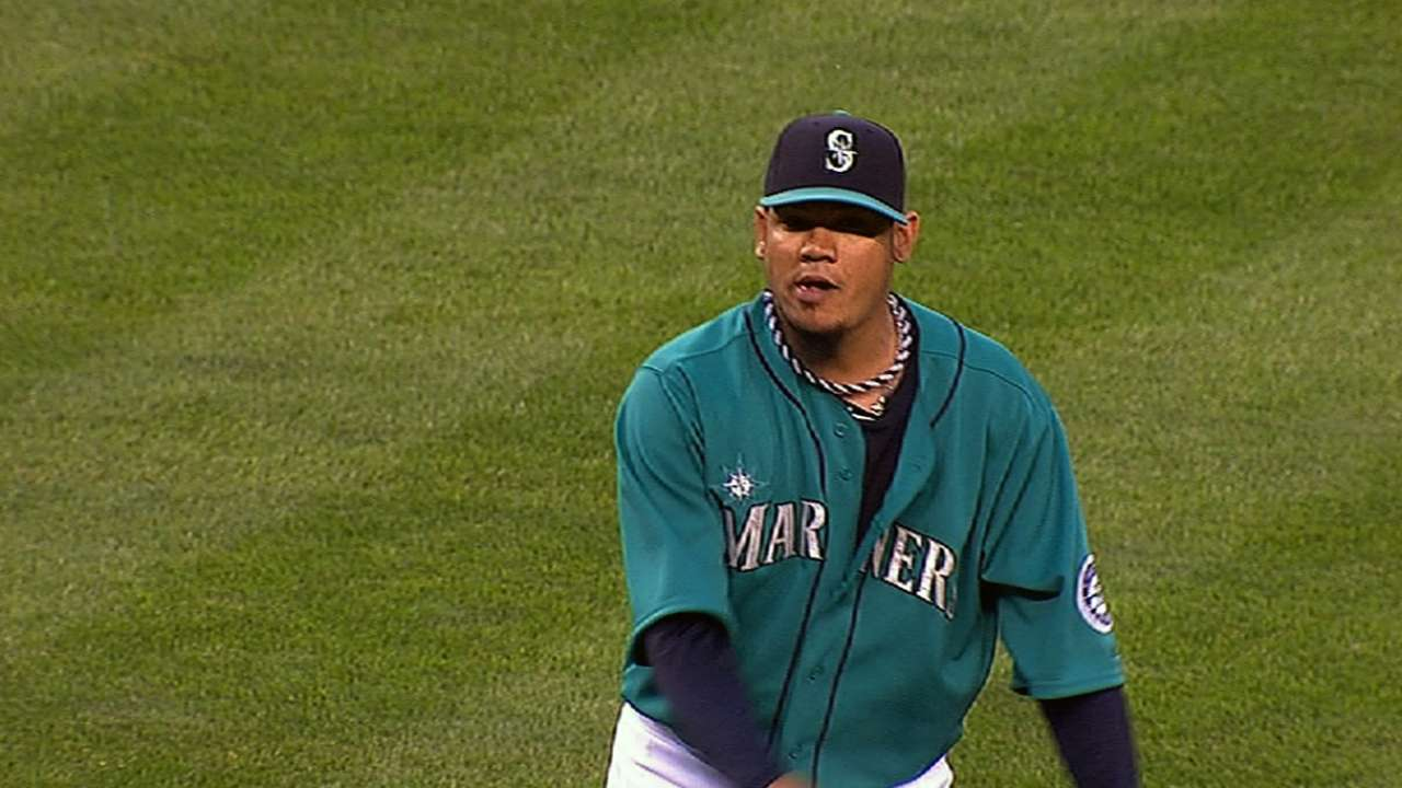 Mariners' Venezuelan players hope for peace back home