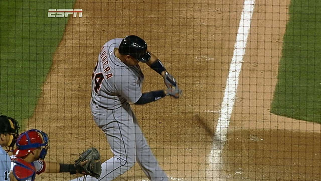 Miggy's big hitting night in loss a first in MLB