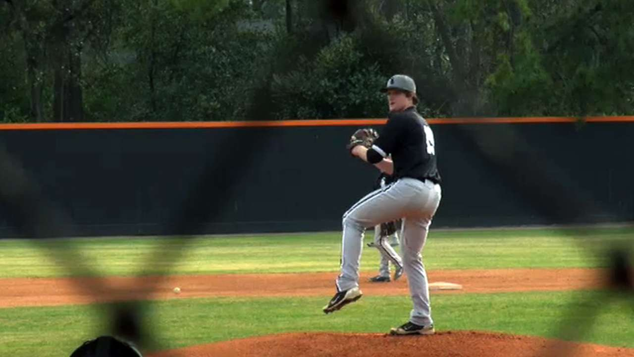 Pitching prospect Stewart hits Minor League DL