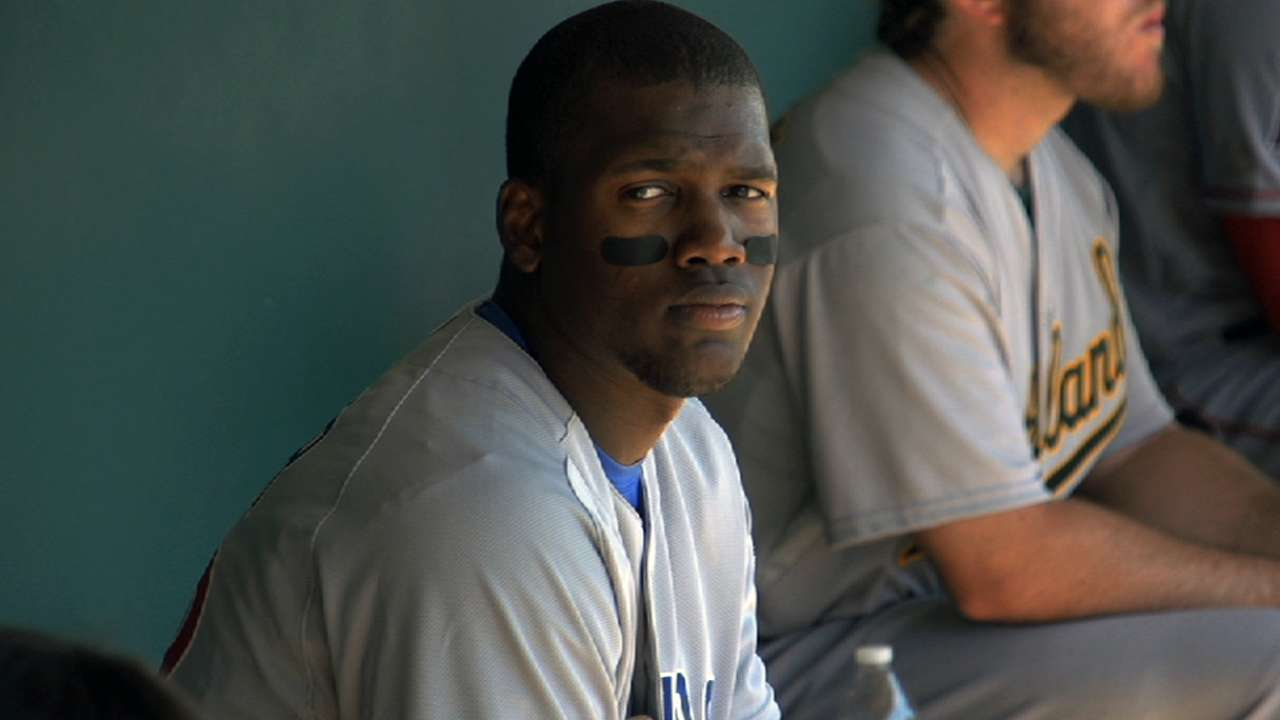 Prospect Soler out after straining other hamstring