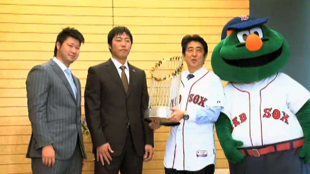 Koji, Tazawa meet with Kennedy in Japan