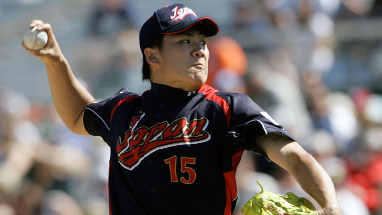 Clemens helped Astros' pitch for Tanaka