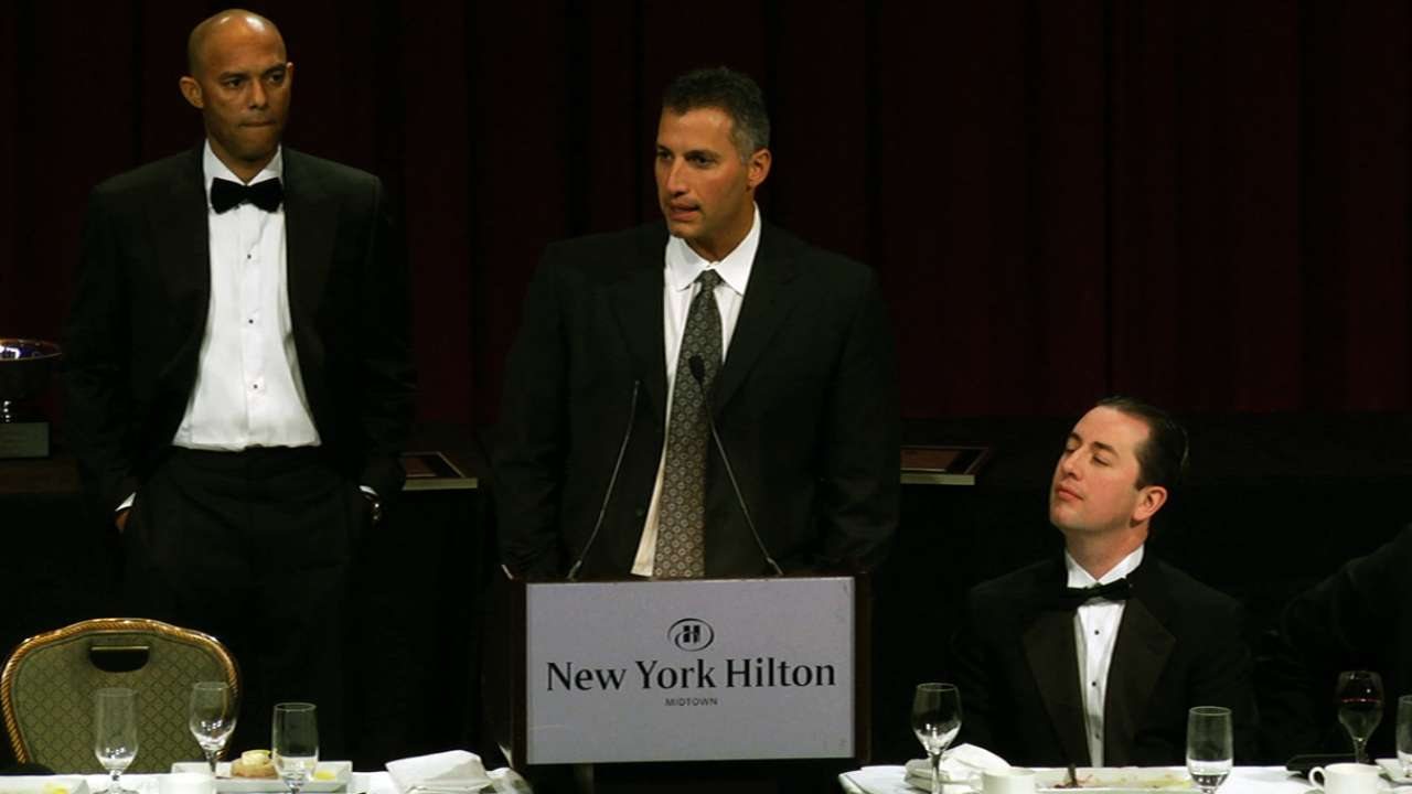 Mo, Pettitte celebrated during BBWAA dinner