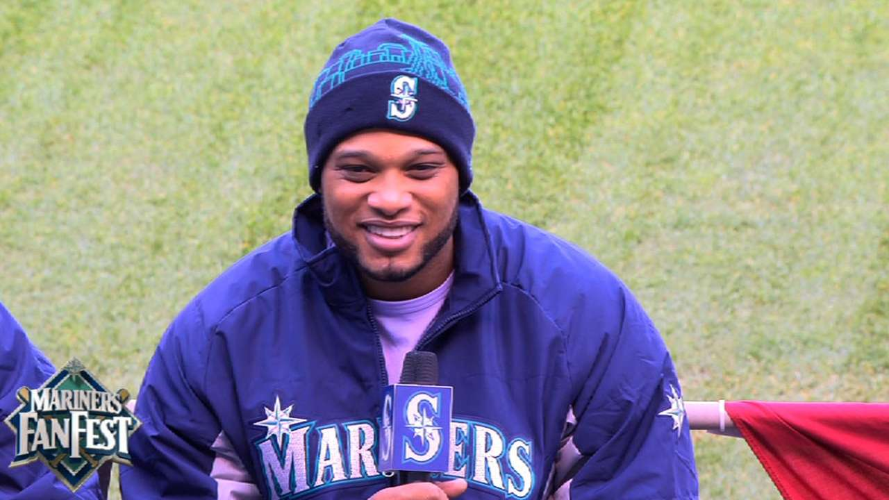 Cano expected in camp after return from Dominican