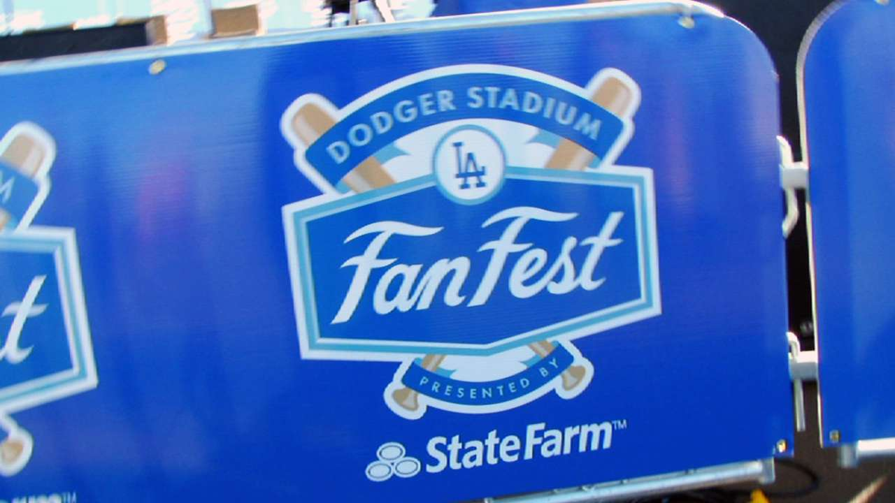 Scully, FanFest crowd excited over Dodgers