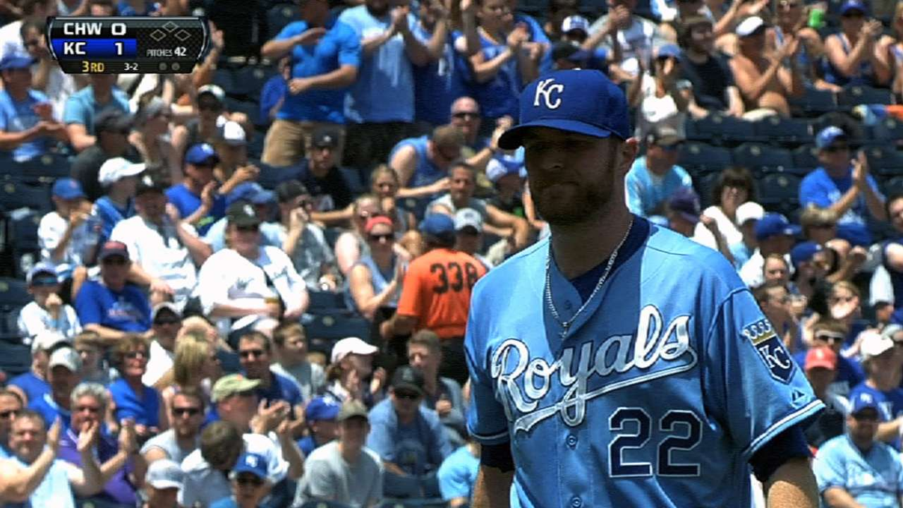 With Hochevar out, race for No. 5 starter heats up