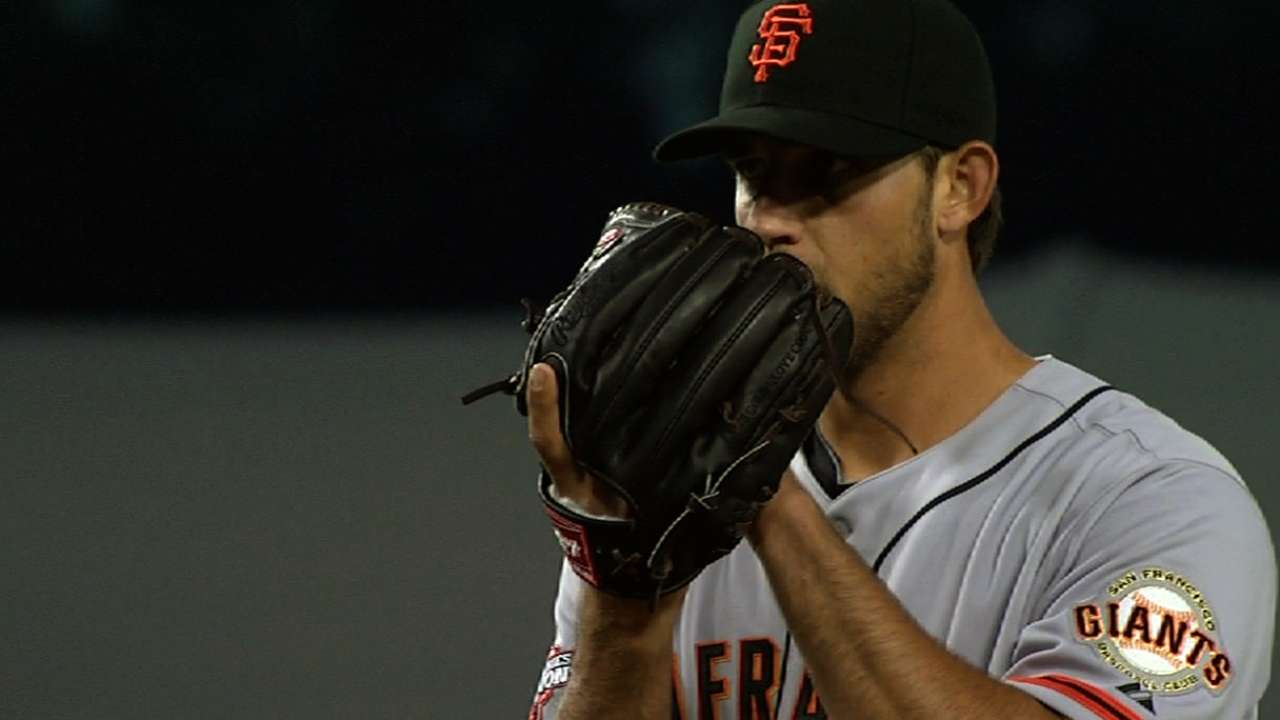 Bumgarner gives Giants effective answer to Kershaw