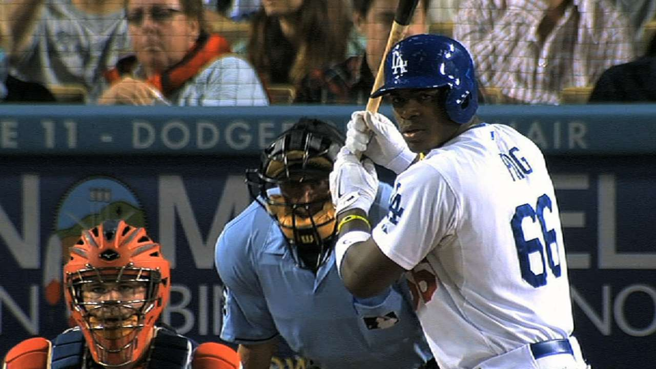 Shoulder issue has Puig on limited throwing program