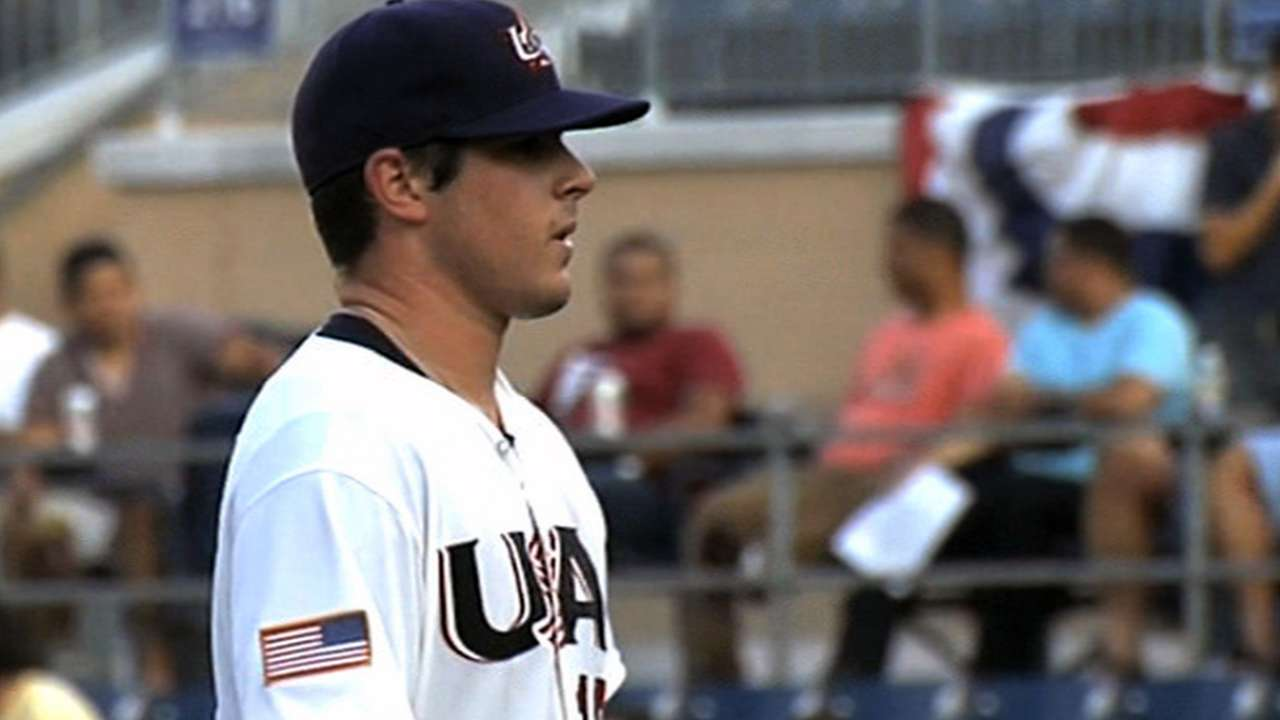 Luhnow watches Draft prospect Rodon in person