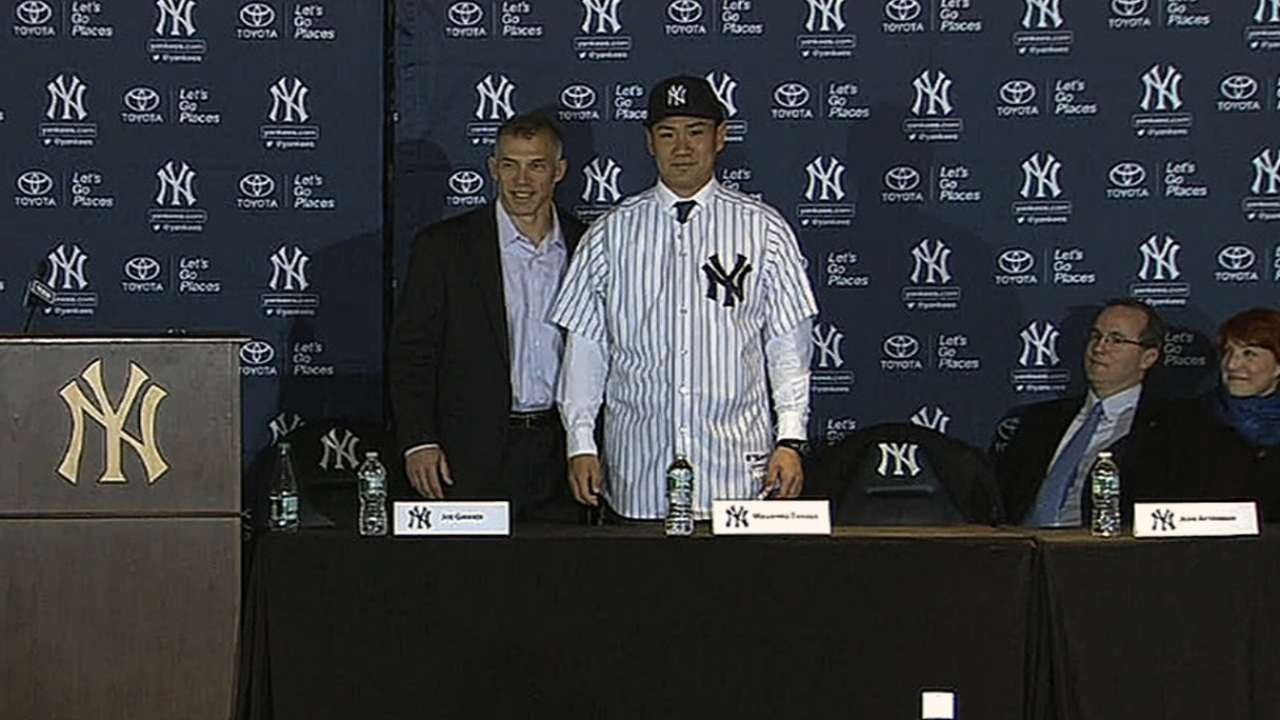 Yankees formally introduce Tanaka in Bronx