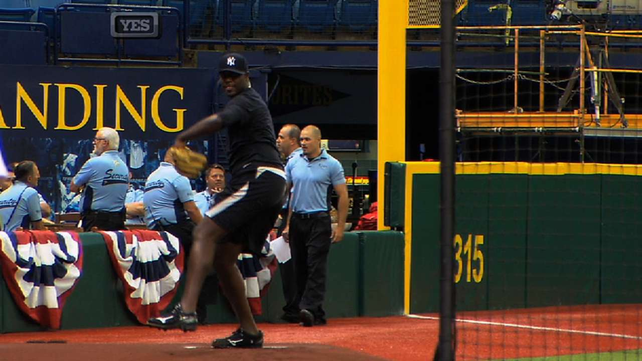 Pineda 'dialed in' as he faces Yanks hitters