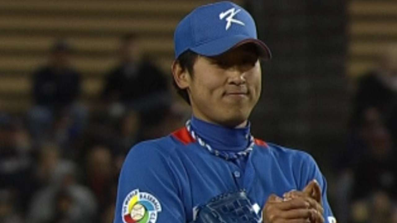 Orioles have three-year deal with Korea's Yoon