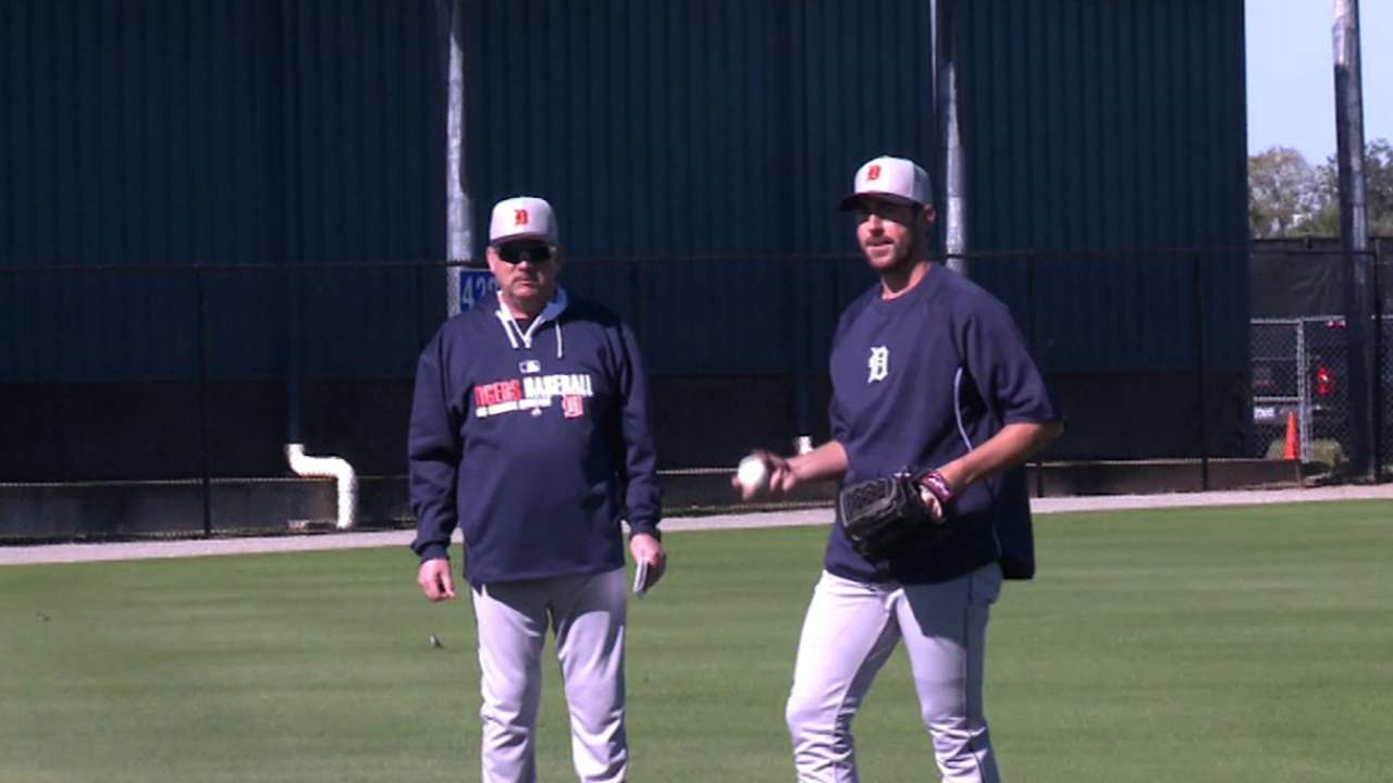 Verlander continues to build strength in 'pen session