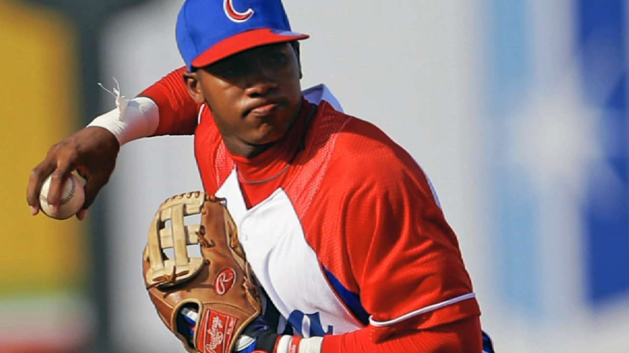 Dodgers finalize deal with Cuba's Arruebarrena