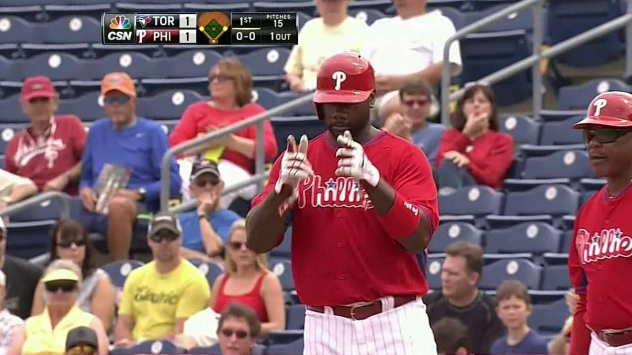Howard, Byrd chip in during Phillies' spring opener