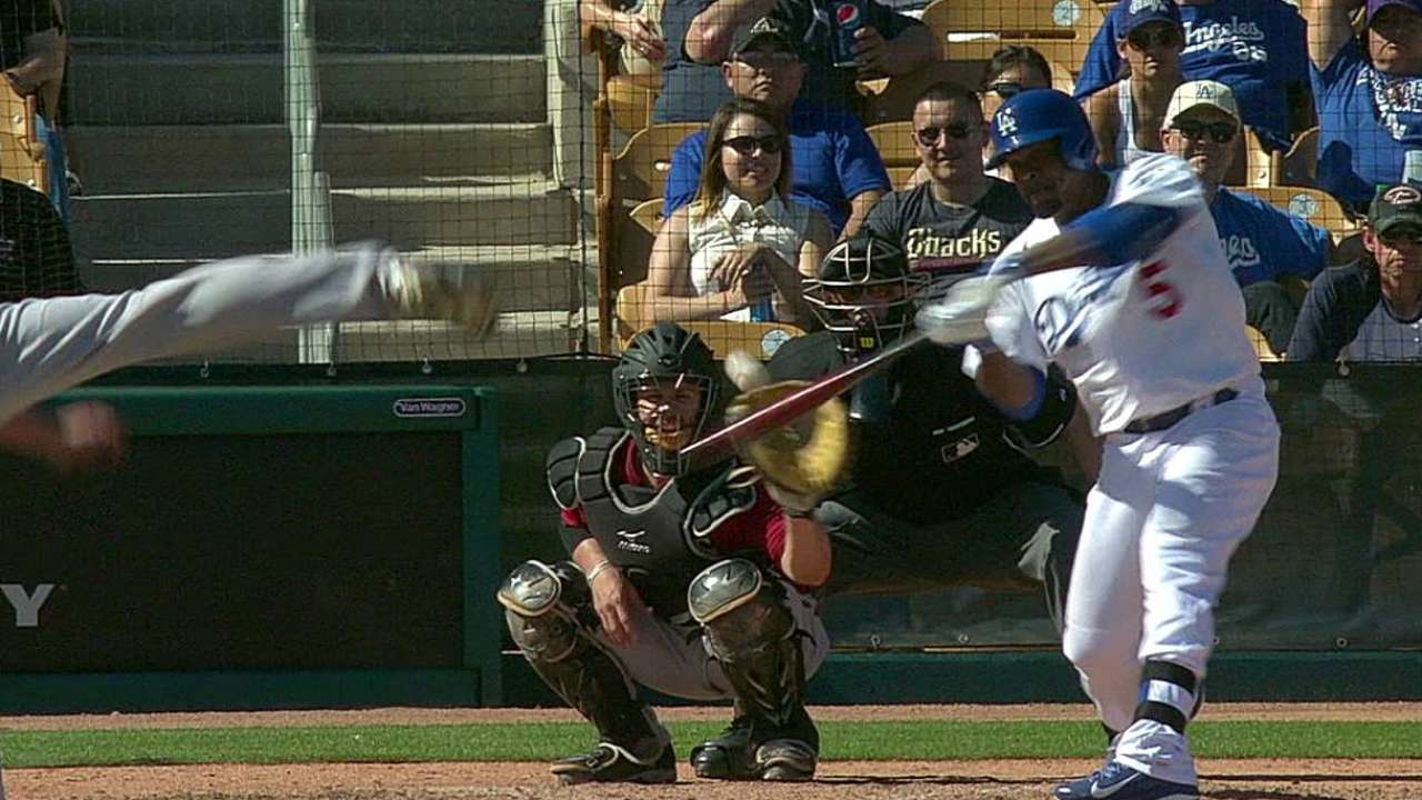 Uribe homers, Guerrero gets first RBI vs. D-backs