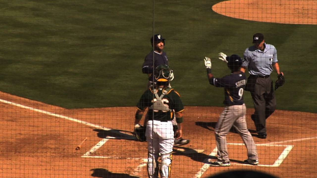 Braun goes deep early as Brewers return to action