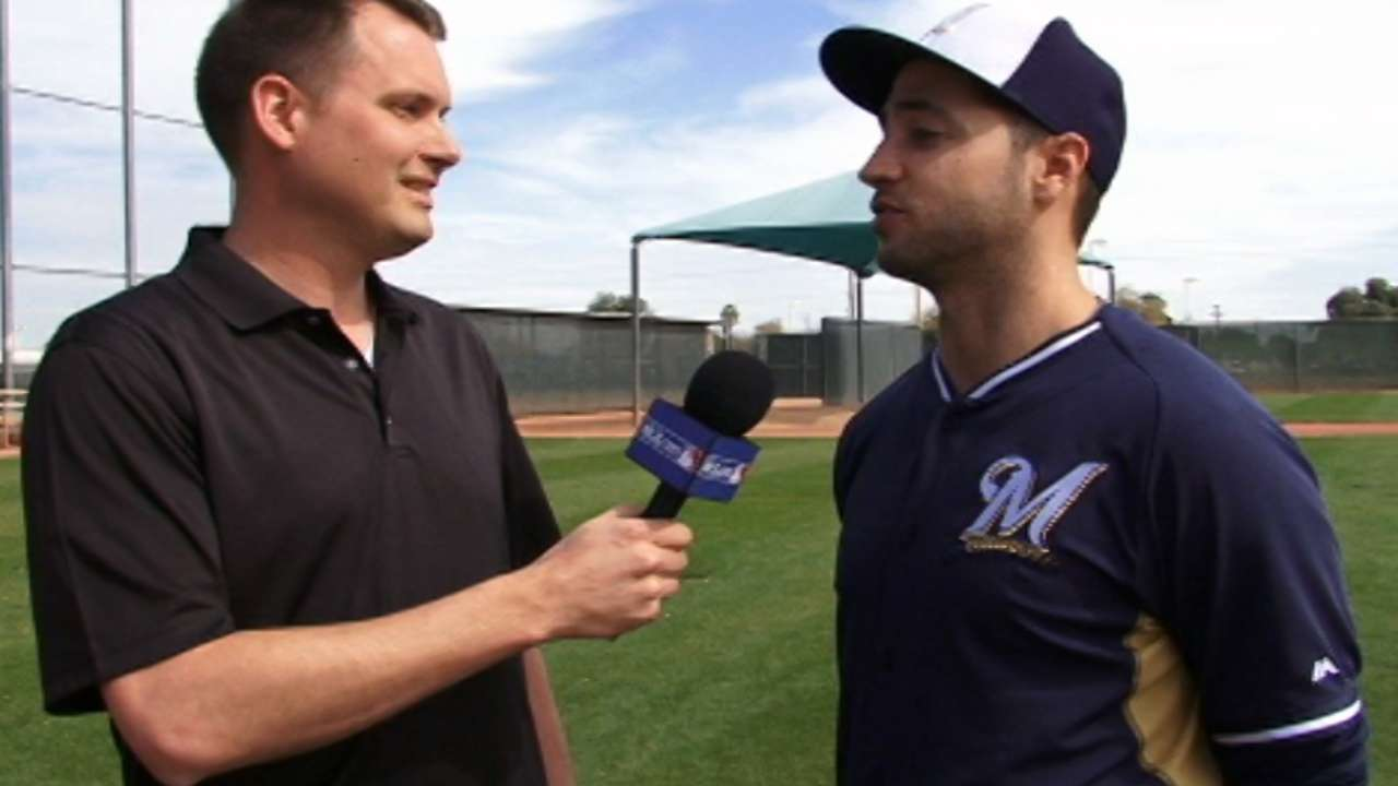 Braun still drawing a crowd in Brewers camp