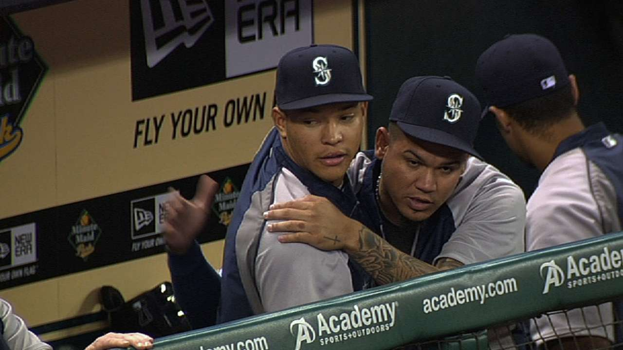 Felix, Walker start camp on slower schedule