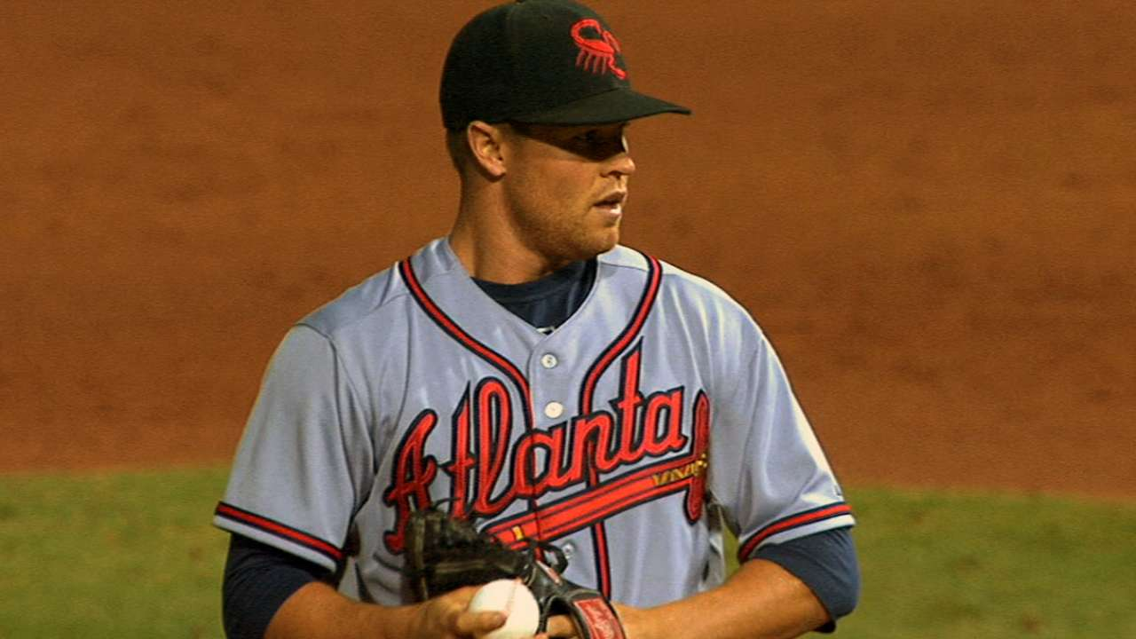 Simmons earns callup to beleaguered Braves 'pen