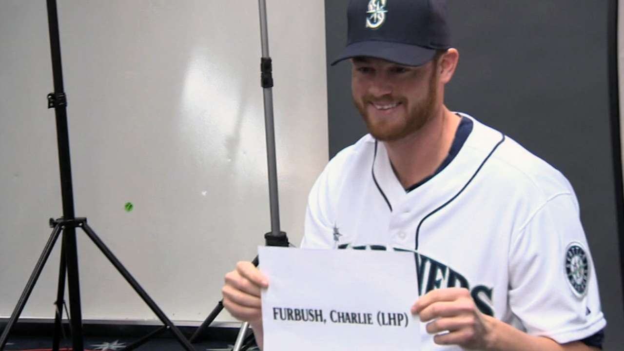 Mariners invite fans to Safeco to watch road opener