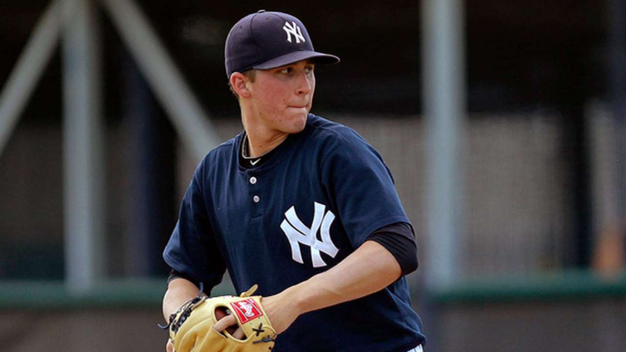 Yankees promote Mitchell, designate Daley