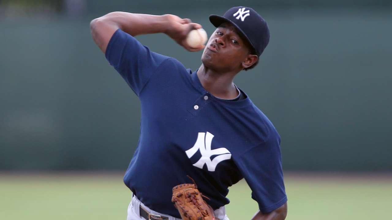 Severino jumps to No. 1 on Yankees' updated Top 20