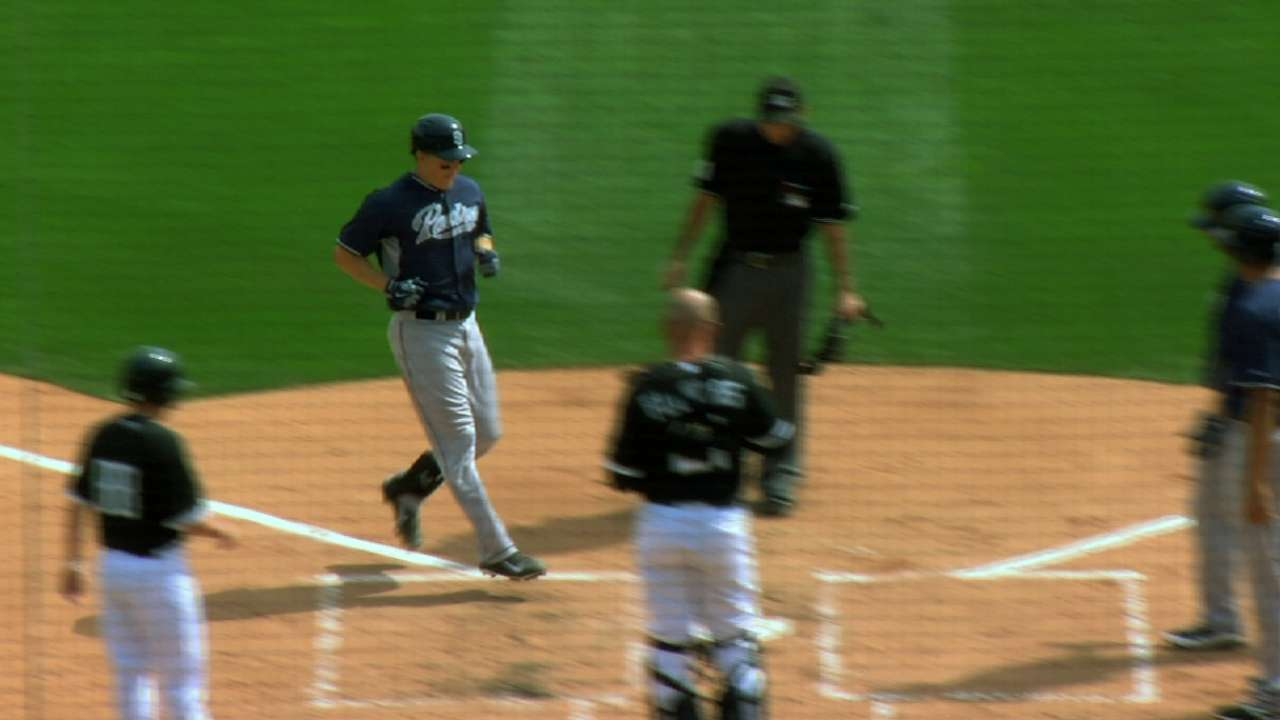 Hundley's three-run homer paces Padres