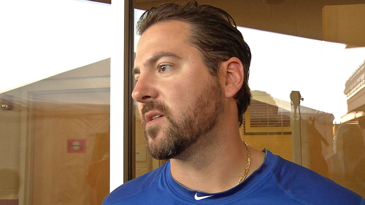Saunders brings durability to Rangers' rotation