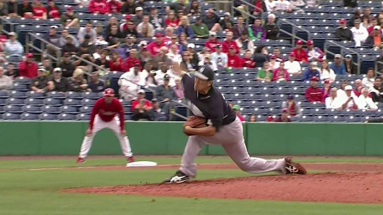 Tanaka strong, Jeter gets going in win over Phils