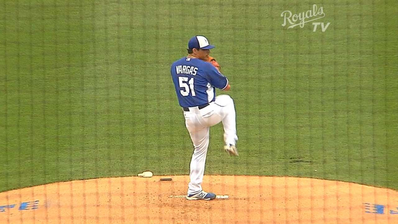 Vargas tosses three scoreless against White Sox