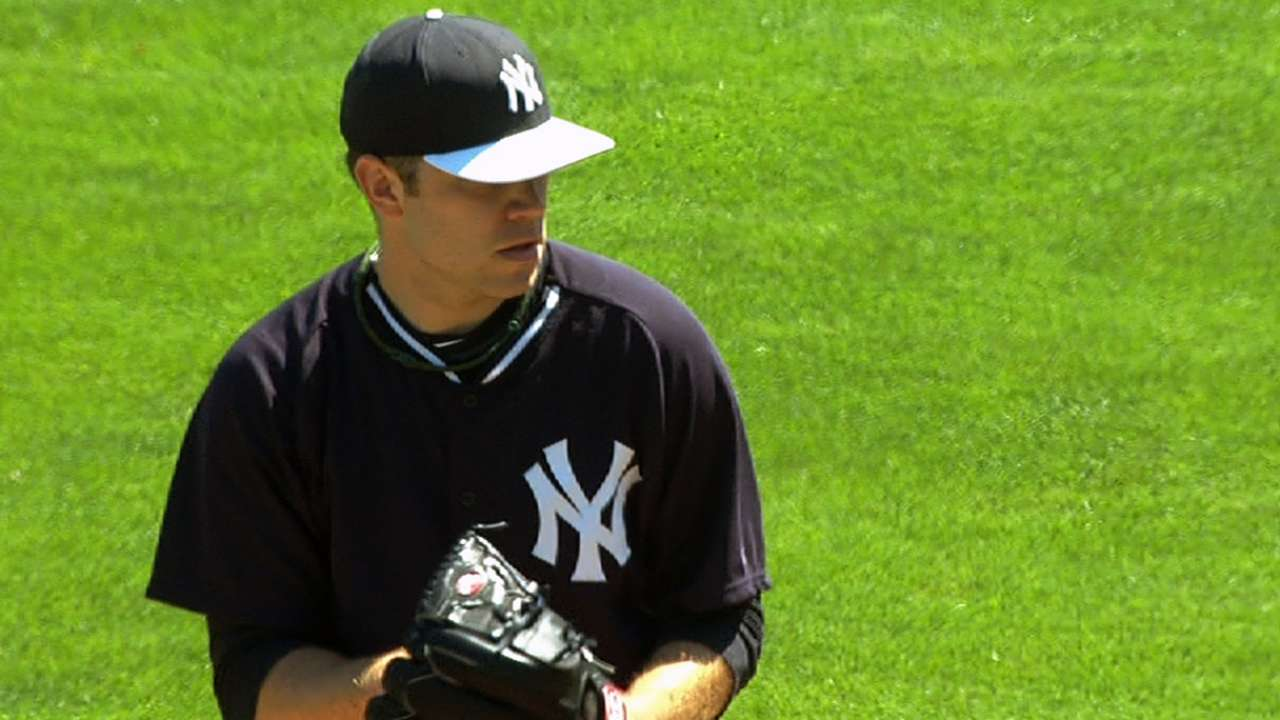 Phelps blanks Rays before Yanks rally to tie