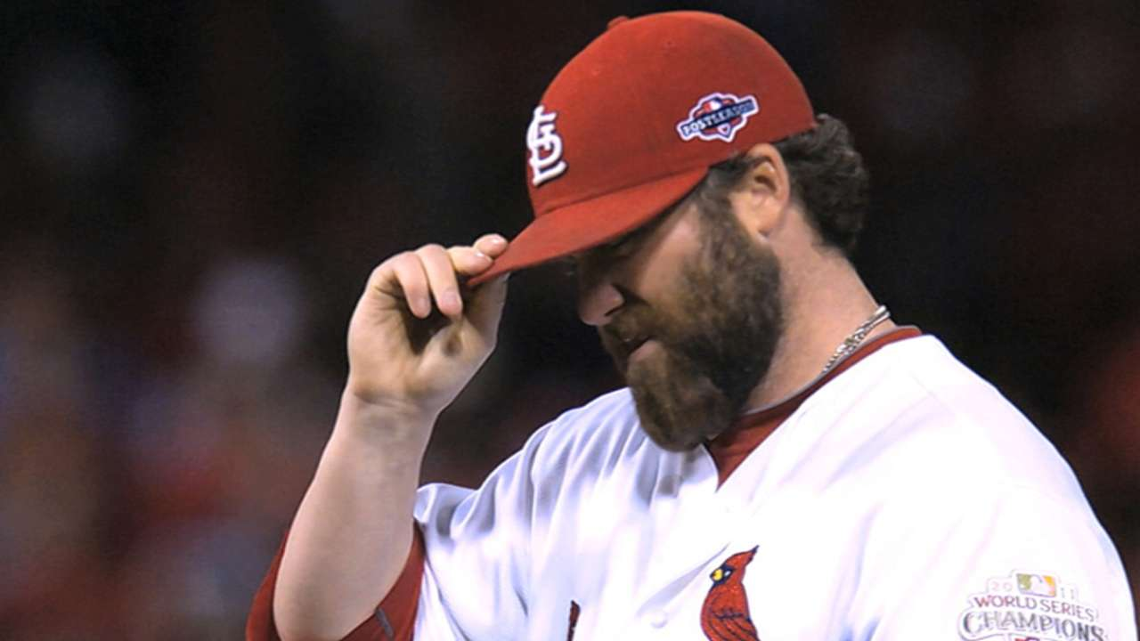 Motte faces hitters for first time since surgery
